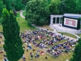 Uwaga! Odwołane seanse polówki w parku Poniatowskiego - gdzie zostaną przeniesione i co będzie do obejrzenia - LISTA FILMÓW