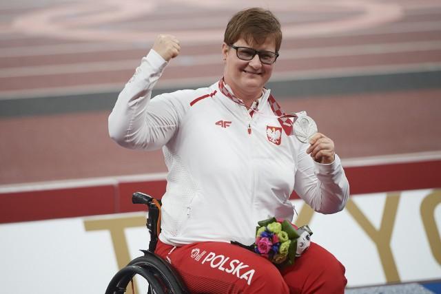 Lucyna Kornobys z medalem igrzysk paraolimpijskich