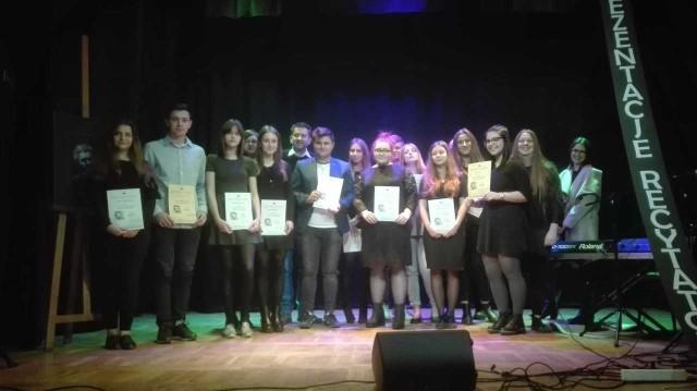 """XIV Prezentacje Recytatorskie """"Poetae nascuntur, oratores fiunt"""" odbyły się w Domu Kultury Idalin w Radomiu."""