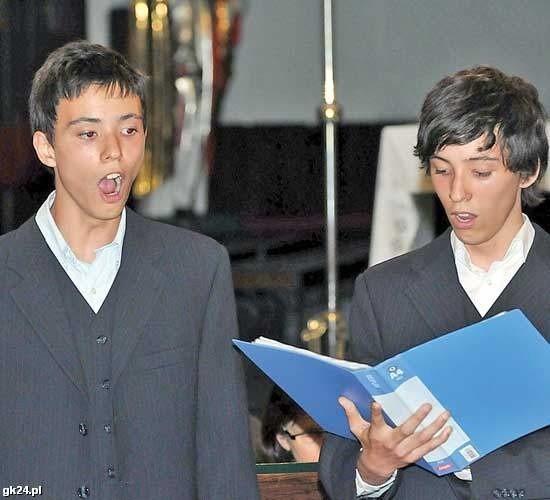 Marcel i Nikodem (z prawej) Legun weszli do finału Mam Talent.