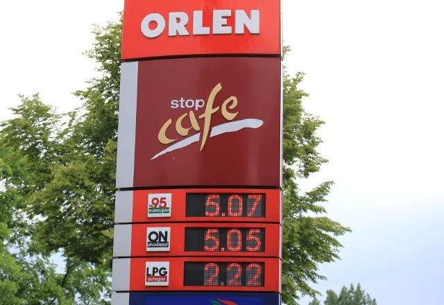 Na wielu stacjach państwowego Orlenu zarówno popularna benzyna 95, jak i olej napędowy kosztują już ponad 5 złotych.