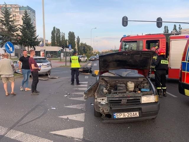 Wypadek na skrzyżowaniu alei Wyszyńskiego i ulicy Retkińskiej w Łodzi - 12.09.2021 r.