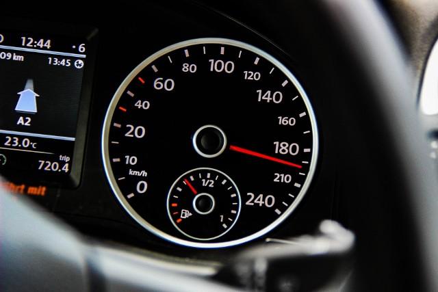Wojewódzki Ośrodek Ruchu Drogowego w Gorzowie organizuje co kilka miesięcy organizuje specjalny kurs dla kierowców nagminnie przekraczających prędkość.
