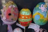 Wielkanoc 2021. Pisanki i inne tradycje. Wystawa przy ośrodku kultury w Grodkowie