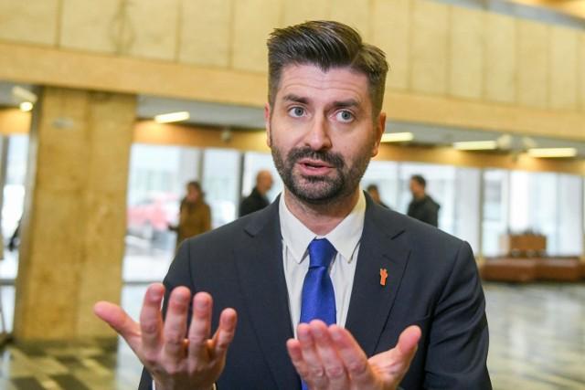 Krzysztof Śmiszek będzie liderem dolnośląsko-opolskiej listy Wiosny w wyborach do europarlamentu.