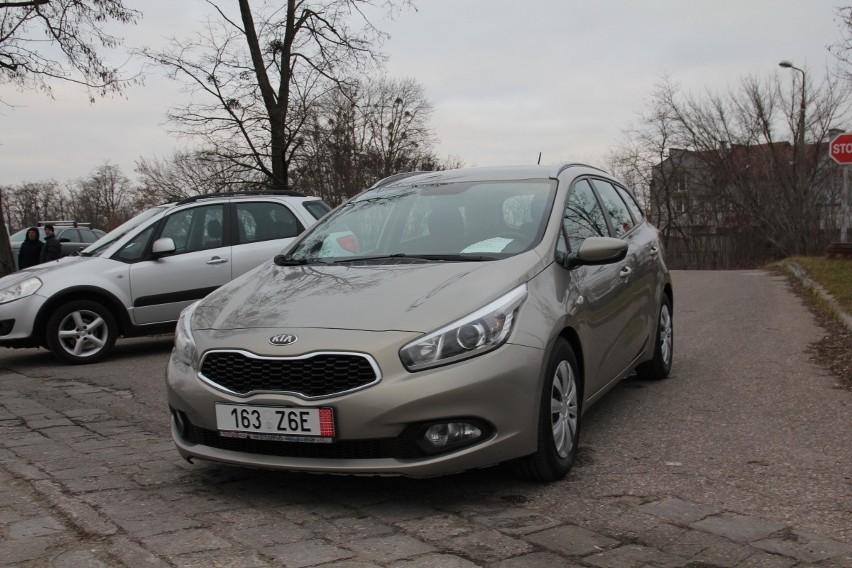 Kia Cee`d, rok 2014, 1,6 benzyna, cena 31 500 zł, opłacony
