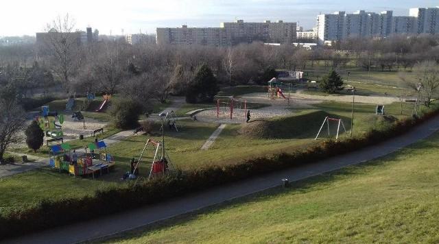 Opole. Głosowanie na budowę nowych placów zabaw - park miejski na osiedlu AK (przy górce)
