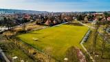 Wieliczka. Stadion Wieliczanki dostanie oświetlenie. Finał prac – lato 2021