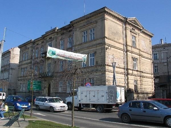 Ministerstwo Sprawiedliwości analizowało postępowania sądowe dotyczące przejmowania pożydowskich kamienic w Przemyślu.