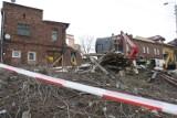 Zawalona kamienica w Sosnowcu: Z ruin kamienicy przy Tylnej wydobyto jedną butlę