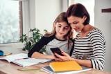 Idealny telefon dla dziecka za 500, 1000 i 1500 zł — dowiedz się, czego Twoje dziecko tak naprawdę potrzebuje
