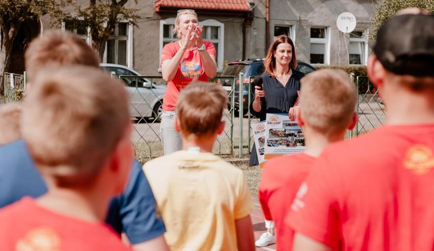 Małgorzata Glinka wraz z minister sportu Danutą Dmowską-Andrzejuk spotkała się z uczestnikami Siatkarskich Wakacji