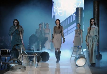 Pokaz kolekcji Łukasza Jemioła podczas Fashion Week Poland w Maju br.