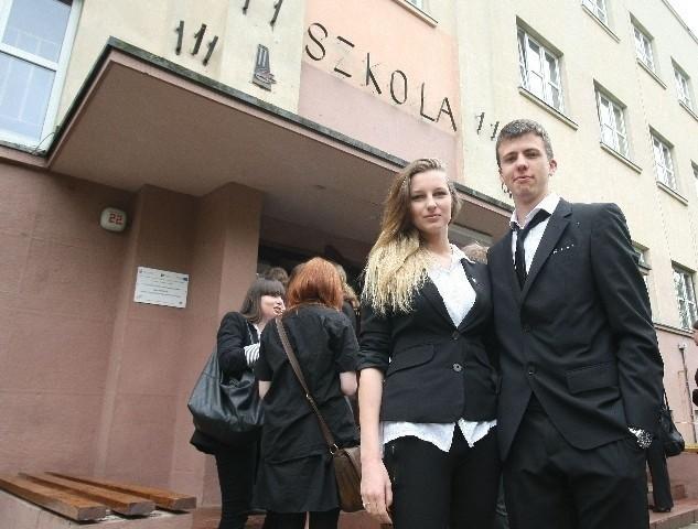Agnieszka Pogoda i Jakub Nester, absolwenci XXVI LO, cieszą...