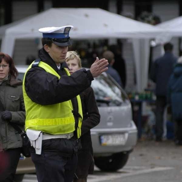 Na cmentarz będzie można też dojechać od ul. Wrocławskiej. Policja będzie pomagała w znalezieniu miejsca.