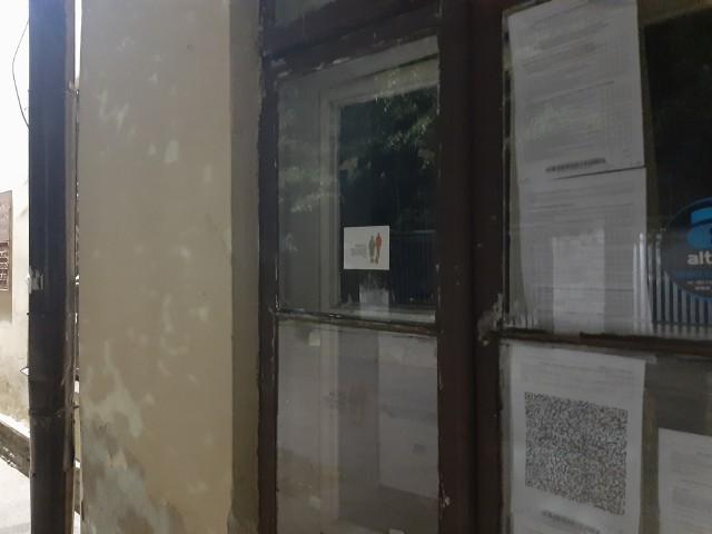 Wyniki wywieszone przez komisję w Wojewódzkim Domu Kultury przy ul. Dolnej Panny Marii