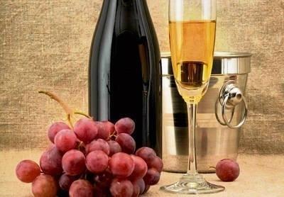 Chcesz mieć dobrą pamięć? Pij szampana... Tak twierdzą naukowcy FOT. 123RF