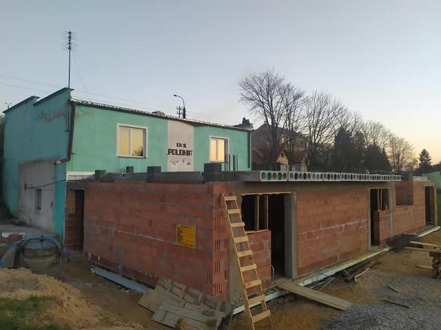 Budynek klubowy Polonii rośnie w oczach
