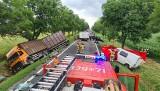 Dramatyczny karambol pod Wrocławiem. Dwie osoby nie żyją po wypadku na drodze nr 8