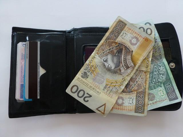 PieniądzeW listopadzie nareszcie nie zaobserwowaliśmy podwyżek marż kredytowych. Odnotowaliśmy wyłącznie obniżki.