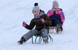 Grudziądz. To ostatni weekend ferii zimowych. Dzieci i nastolatki korzystają ze śniegu [zdjęcia]