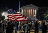 Po śmierci sędzi Sądu Najwyższego Ruth Bader Ginsburg Donald Trump spieszy się z wyborem następcy. Sprzeciwiają się temu Demokraci