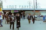 Zobacz, Łódź na zdjęciach z lat 90. XX wieku! Oto archiwalne zdjęcia Łodzi z lat 90. Jak kiedyś wyglądał dworzec Łódź Fabryczna? 11.05.2021