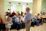 Tak seniorzy mogą dostać swoje 500 plus. Zobacz, jakie są zasady i warunki