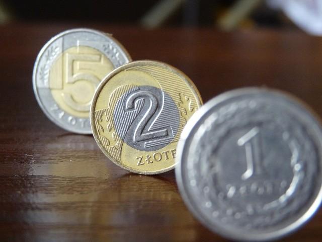 Złotówka, czyli 90 groszy, po odliczeniu inflacji