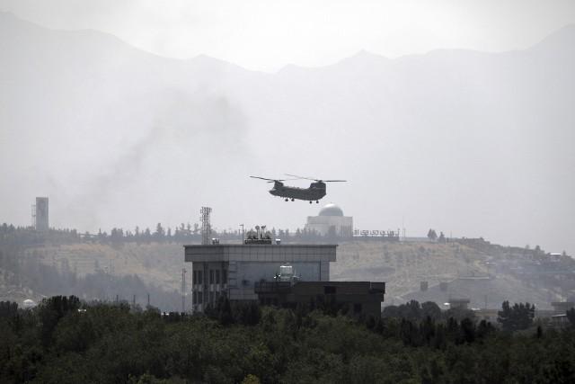 Talibowie zdobyli Afganistan. Trwa ucieczka Amerykanów z Kabulu [FOTO]. Sekretarz stanu USA Anthony Blinken: To nie jest Sajgon