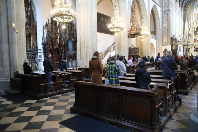 Wielki Piątek jest jednym z dwóch dni w roku, kiedy w Kościele katolickim obowiązuje ścisły post.