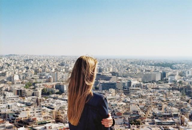 """Kobiety na stanowiskach kierowniczych są w zdecydowanej mniejszości – wynika z raportu """"Women in the boardroom. A global perspective – 6th edition"""" firma Deloitte. Zobacz, w których krajach panuje największa równość płci na najwyższych stanowiskach."""