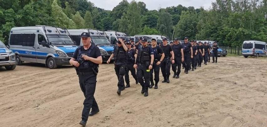 Ogromna akcja policji koło Zamku Książ. Poszukiwania zabójcy