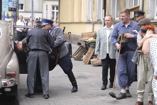 Na Łazarzu w Poznaniu odbyła się inscenizacja historyczna z okazji 65. rocznicy Poznańskiego Czerwca 1956 r. Podczas niej pokazano życie codzienne na Łazarzu. W oknach wieszano pranie, na straganie kupowano ziemniaki. Uczestnicy inscenizacji mogli poczuć ducha tamtych czasów.
