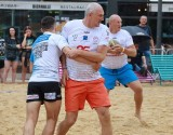Bierhalle Manufaktura Beach Rugby 2021. Amatorzy i dużo dobrej zabawy [ZDJĘCIA]