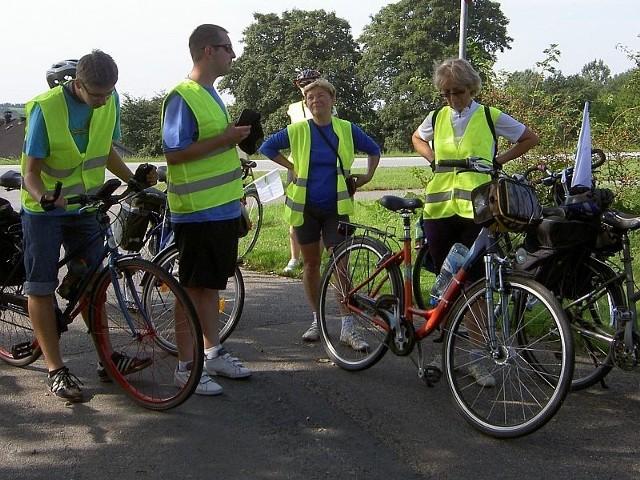 W rowerowym poselstwie uczestniczy 14 mieszkańców Skwierzyny.