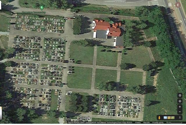 Miasto na miejsce kwarantanny zbiorowej wyznaczyło budynek na cmentarzu komunalnym w Złotopolu. Budynek oddalony jest od miejsca pochówku, ale nie wszystkim takie rozwiązanie się podoba