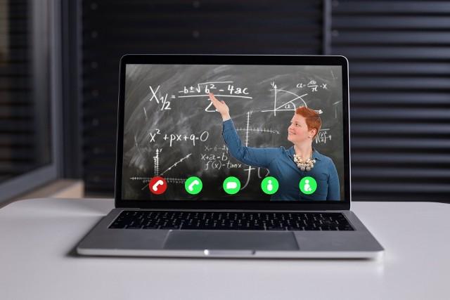 Bon 500 zł dla nauczycieli na koszty zakupu sprzętu elektronicznego