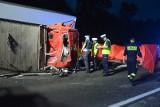 Śmiertelny wypadek na DK 12 Przygłów - Sulejów na Polance: ciężarówka zderzyła się z lawetą. Dwie osoby nie żyją [ZDJĘCIA, FILM]