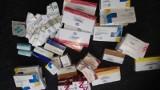 Podróbki z Hong Kongu, nielegalne papierosy oraz leki przejęte w firmach kurierskich w Łodzi i Strykowie