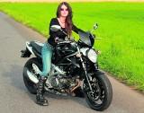 Motocyklistki: Dziewczyny na szalejących maszynach