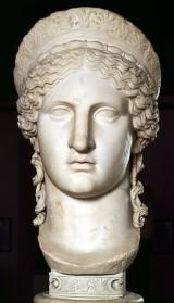 Powstała wierna kopia popiersia Junony. Przed wojną ta bogini była symbolem opolskiego cementu