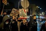 Protest kobiet w Białymstoku - 1 lutego. Nie milkną echa po opublikowaniu wyroku TK w sprawie aborcji (ZDJĘCIA)