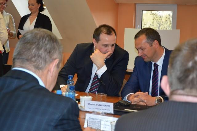 Sąd pracy uznał, że w okresie, który kwestionuje starosta Marcin Jabłoński, pełniącym obowiązki wicestarosty był Tomasz Stupienko.