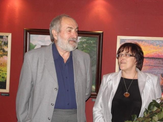 Zofia Kiedrowicz ma pełnić obowiązki szefowej domu kultury tylko do końca roku. Na zdjęciu z Januszem Kochanowskim
