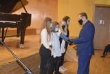 Stowarzyszenie Parlament Dobroczynności przyznało stypendia uczniom opolskiej szkoły muzycznej