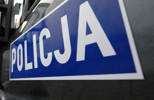 Samochód potrącił dziecko na pasach na ul. Bohaterów Warszawy w Szczecinie.