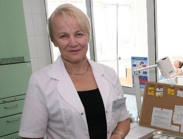 Marianna Janion, profesor kardiologii ostrzega, że jak nie przestaniemy palić, pić, badać się, zażywać regularnie leki i ruszać się, to nie czeka nas nic dobrego.