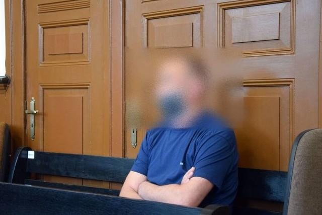 Wiesław K. Zdjęcie z rozprawy w miasteckim sądzie