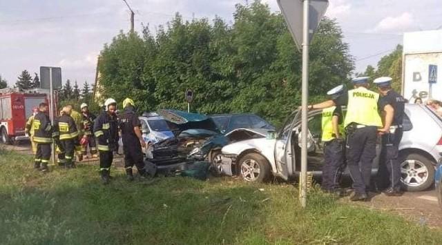 W sobotę, 24 lipca w Bytyniu doszło do zderzenia dwóch samochodów osobowych.